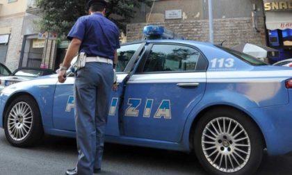 A spasso per Torino con 18mila euro nascosti negli slip