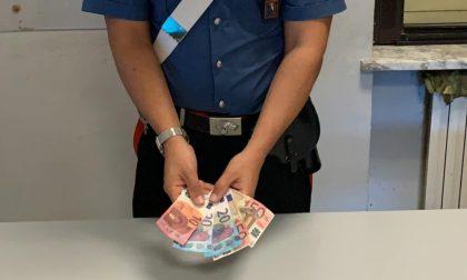 Colf infedele sostituiva banconote vere dell'anziana assistita con altre false