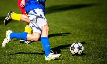 """La partita da calcio """"illegale"""" costa caro: 20 ragazzi multati con 400 euro a testa"""