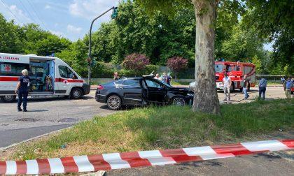 Incidente tra due auto in Lungo Stura Lazio: morta una donna