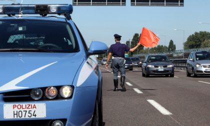 Camionista ubriaco sulla Torino-Bardonecchia: denuncia e patente ritirata