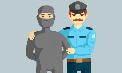 Due ladri arrestati in flagrante dalla Polizia