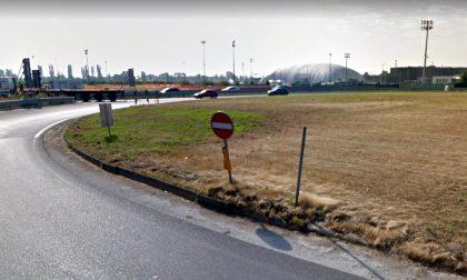 Incidente mortale alla rotonda dell'ippodromo di Vinovo, muore 52enne