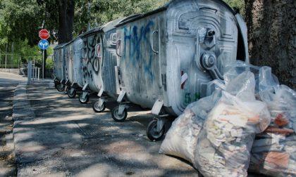 """A Torino arrivano le foto-trappole contro i """"furbetti dei rifiuti"""""""