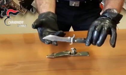 """Minaccia di morte la ex inviandole la foto di un coltello: """"Devo fare ciò che è giusto"""" VIDEO"""