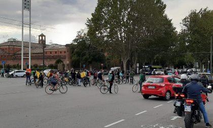 manifestazione dei riders