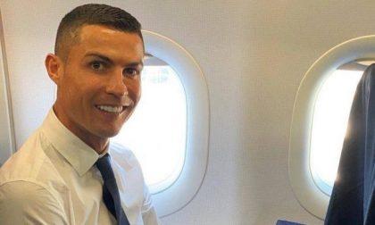 """Ronaldo positivo: la Procura apre un fascicolo dopo la """"fuga"""" dall'isolamento"""
