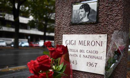 Il Toro ricorda l'ex calciatore Gigi Meroni: tutti contro l'hater su Facebook