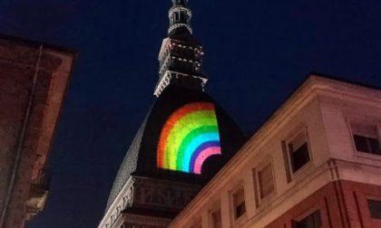 """""""Sono gay e vorrei visitare Torino, consigli?"""": l'appello su Facebook"""