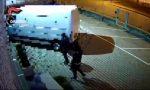 Fermata banda criminale: razziavano aziende dopo aver sfondato i cancelli con mezzi rubati VIDEO