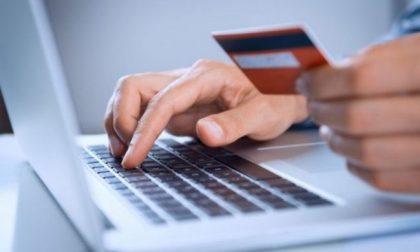 Giovane (ma incallito) professionista della truffa vende falsa assicurazione online