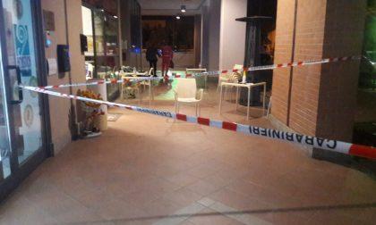 Sparatoria fuori da una pizzeria di Castellamonte, pregiudicato sotto interrogatorio