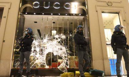 Guerriglia urbana e sciacalli a Torino: il bilancio dopo la notte di follia VIDEO GUCCI