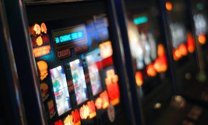 Maxi multa da 12.000 euro a un bar con slot machine di Torino