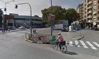 Covid Torino: nel quartiere Santa Rita per alcuni baristi la mascherina è… un optional