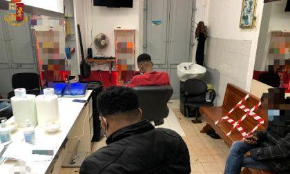 Tutti dal parrucchiere nonostante il Covid, la Polizia mette i sigilli