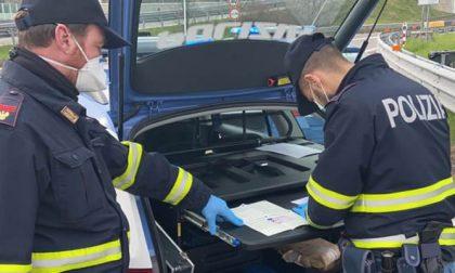 Ladri d'auto con cocaina beccati dalla Polizia