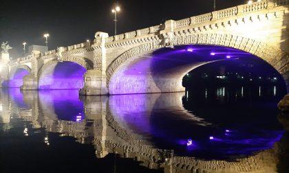 Giornata Internazionale per la lotta al Tumore del Pancreas: Torino si tinge di viola