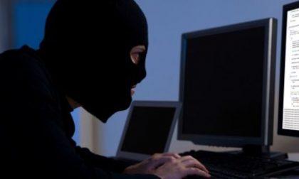 """Pedopornografia e adescamento di minori online: il """"mostro"""" ha solo 17 anni"""