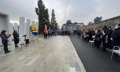 La cerimonia per ricordare le vittime della Thyssen