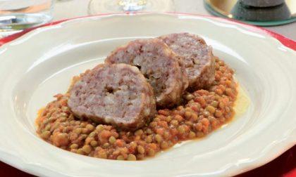 Capodanno 2021   Ricetta cotechino e lenticchie   Ma chi era San Silvestro?