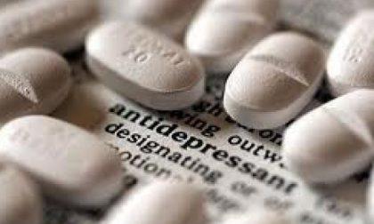 """Mette antidepressivi nell'acqua dei colleghi, uno finisce in ospedale: """"Mi sentivo bullizzato"""""""