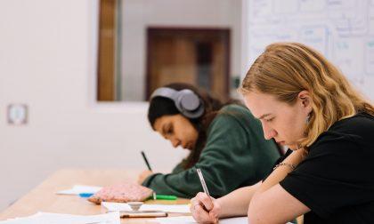 Scuola: doppi turni e presenza al 75%, ma per i presidi piemontesi non è possibile