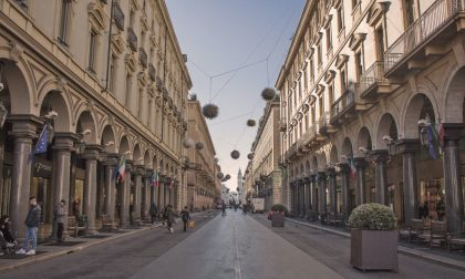 Via Roma chiusa al traffico per l'ultimo weekend di shopping natalizio
