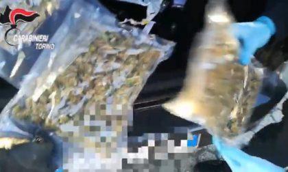 Va in caserma con la marijuana negli slip, ma l'odore lo tradisce