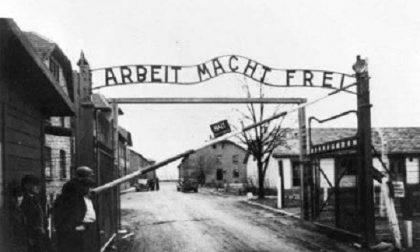 Raid online dei nazi-hacker alla scrittrice ebrea: è scandalo