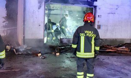 Esplosione a Carmagnola in una fabbrica di vetri: un ferito