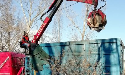 Quintali di rifiuti lungo il fiume Dora: multate due aziende