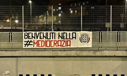 """Striscioni di CasaPound a Torino e in tutta Italia contro il Governo Draghi: """"Benvenuti nella mediocrazia"""""""