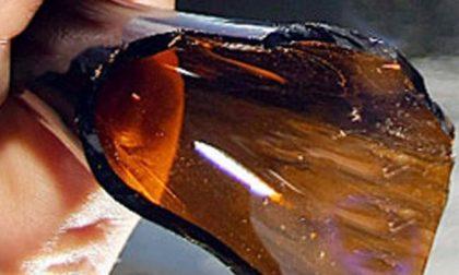 Il collo delle bottiglie rotte nuova arma dei balordi: due casi in poche ore