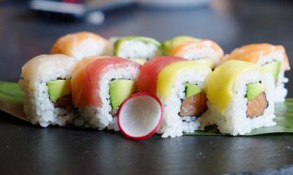 Ubriaco ruba un sushi e aggredisce il vigilantes: arrestato