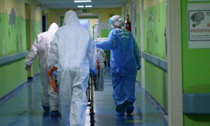 Contagi in calo: negli ospedali riprendono gradualmente le attività ordinarie e di screening