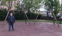Giardini di via Brusa: degrado davanti alla scuola elementare Guido Gozzano