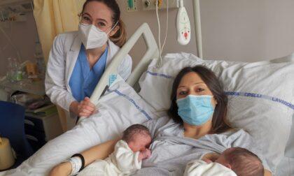 Ospedale Pinerolo, boom di nascite: in due ore nate cinque bambine