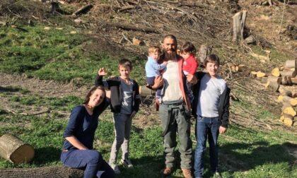 Baita distrutta dall'incendio a Viù, una raccolta fondi per aiutare genitori e i 4 bambini a ricostruirla