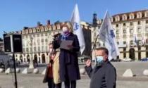 """La protesta dei commercianti in Piazza Castello: """"Vogliamo un biennio fiscale bianco"""""""