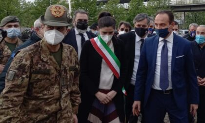 """Il generale Figliuolo al Lingotto: """"Torino è la mia città. Dobbiamo arrivare a 40mila vaccini al giorno"""""""