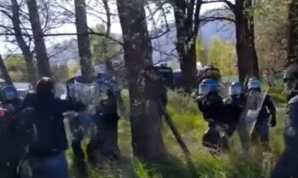 Cariche, pestaggi e occupazioni: a San Didero va in scena lo scontro fra No Tav e Polizia