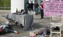 Ambientalisti d'assalto: blitz contro le banche Intesa e Unicredit