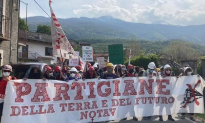 Corteo partigiano in Valsusa: i No Tav mischiano la lotta con la ricorrenza storica