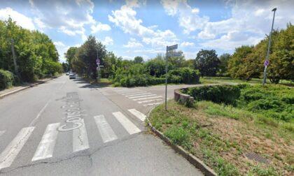 Scontro tra auto e moto, muore centauro 26enne