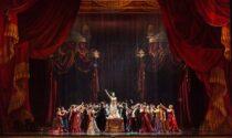 Basta streaming, si torna a teatro: dal 9 maggio con La Traviata al Regio