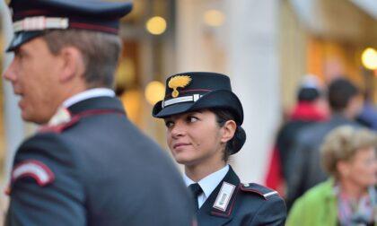 Suonano alla porta e si fingono Carabinieri, ma il proprietario 26enne li mette in fuga