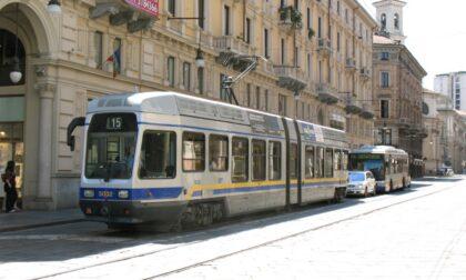 Tram tampona bus che tampona un altro tram: coinvolti 50 passeggeri, 3 in ospedale