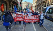 Giro d'Italia, la protesta dei lavoratori dell'ex Embraco IL VIDEO