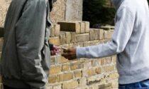 Spaccio e degrado in via Brenta, i cittadini scrivono alla Questura